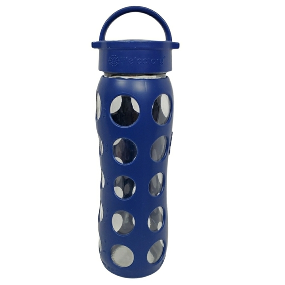 Lifefactory 22 oz glass and silicone water bottle